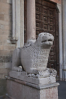 Parma Cattedrale dell'Assunta Portale d'ingresso