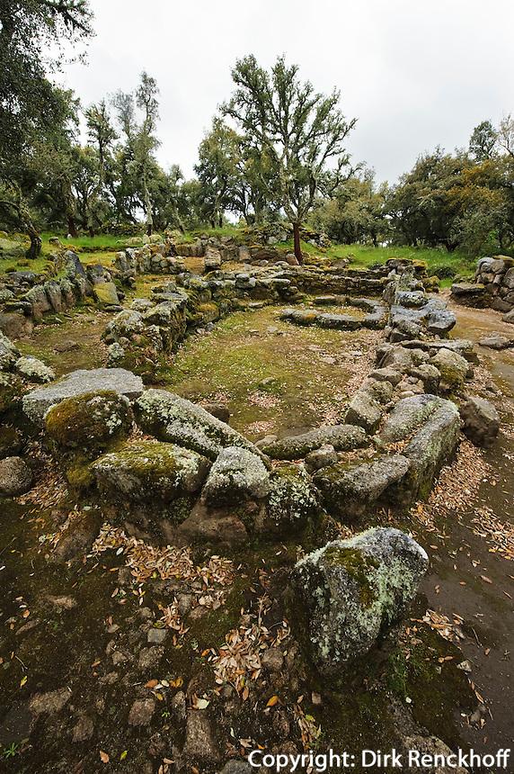 Hütten im Nuraghendorf Su Romanzesu bei Bitti, , Provinz Nuoro, Inner- Sardinien, Italien, Nuraghen-Kultur 2. Jt. v.Chr.