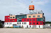 Nederland - Amsterdam - 2018.  Amsterdam Noord.  In een glazen kas bovenop een kantorencomplex huist HoogtIJ; een evenementenruimte met uitzicht over de skyline van Amsterdam. HoogtIJ is een plek waar natuur, cultuur en events op grote hoogte samenkomen.  Foto Berlinda van Dam / Hollandse Hoogte.