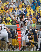 11 November 2006: Cincinnati Bearcats quarterback Dustin Grutza..The West Virginia Mountaineers defeated the Cincinnati Bearcats 42-24 on November 11, 2006 at Mountaineer Field, Morgantown, West Virginia..