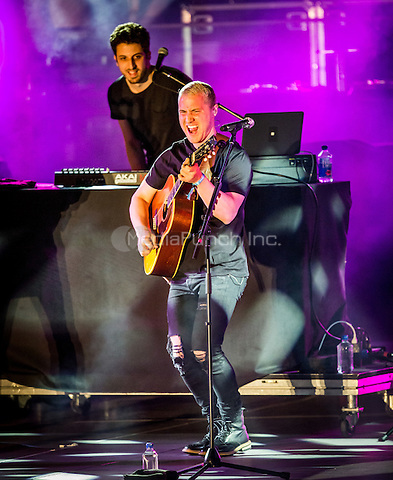 LAS VEGAS, NV - May 15, 2016: ***HOUSE COVERAGE*** Mike Posner performing at CBS Radio Presents: SPF at The Boulevard Pool at The Cosmopolitan of Las Vegas in Las vegas, NV on May 15, 2016. Credit: Erik Kabik Photography/ MediaPunch