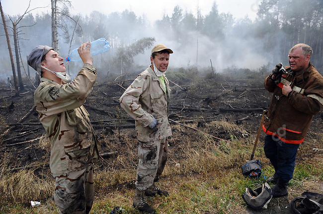 Volunteers and members of the Emergency Services fought forest fires near the village of Plotava in the east of the Moscow region as fires continued to spread as the unrelenting hot weather continued in central Russia. 05 August 2010