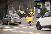 Alessandro Sacconi di Como, consegne merci in bicicletta