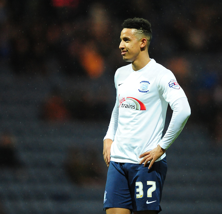 Preston North End&rsquo;s Callum Robinson<br /> <br /> Photographer Chris Vaughan/CameraSport<br /> <br /> Football - The Football League Sky Bet Championship - Preston North End v Brentford - Saturday 23rd January 2016 -  Deepdale - Preston<br /> <br /> &copy; CameraSport - 43 Linden Ave. Countesthorpe. Leicester. England. LE8 5PG - Tel: +44 (0) 116 277 4147 - admin@camerasport.com - www.camerasport.com