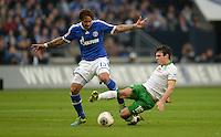 FUSSBALL   1. BUNDESLIGA   SAISON 2013/2014   12. SPIELTAG FC Schalke 04 - SV Werder Bremen                           09.11.2013 Jermaine Jones (li, FC Schalke 04) gegen Zlatko Junuzovic (re, SV Werder Bremen)