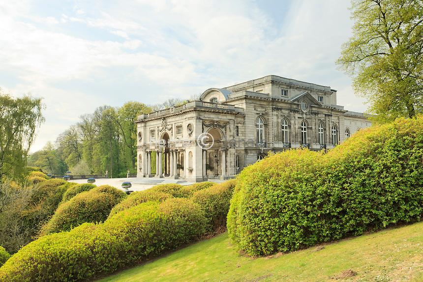Belgique, Bruxelles, Laeken, le domaine royale du château de Laeken, une aile du château.