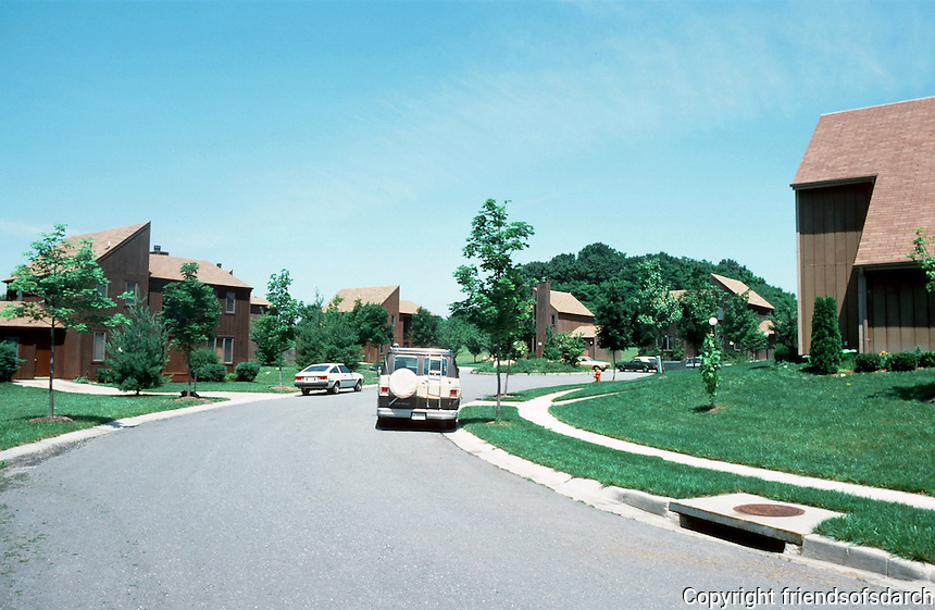 Columbia:  Bright Hawk Court in Village of Oakland Hills (Sea Ranch style) --quite new, 1985.  Photo '85.