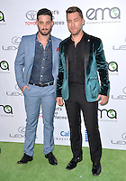 BURBANK, CA. October 22, 2016: Lance Bass &amp; Michael Turchin at the 26th Annual Environmental Media Awards at Warner Bros. Studios, Burbank.<br /> Picture: Paul Smith/Featureflash/SilverHub 0208 004 5359/ 07711 972644 Editors@silverhubmedia.com