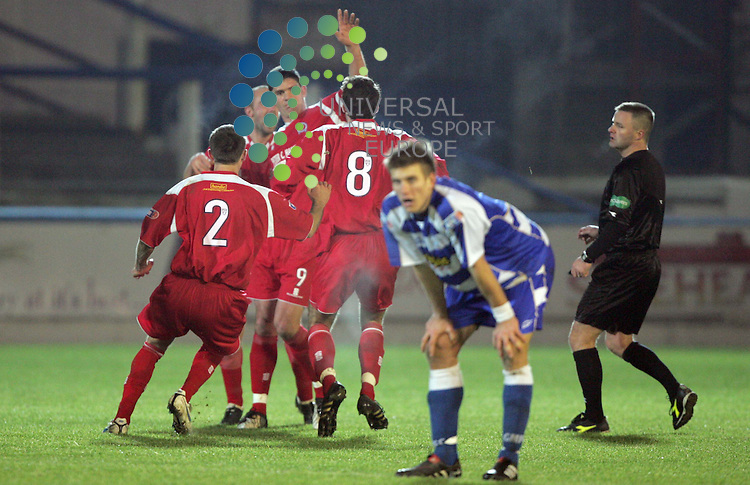 Derek Holmes scores the winning goal for QOS  during the Morton v Queen Scottish Football League -The South match at Cappielow Park, Greenock..Picture: Maurice McDonald/Universal News And Sport (Scotland).12December 2009..www.universalnewsandsport.com.(0ffice) 0844 884 51 22