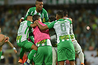 MEDELLÍN - COLOMBIA, 02-06-2018: Jugadores de Nacional celebran después del encuentro entre Atlético Nacional y Atlético Huila por las semifinales de la Liga Águila I 2018 jugado en el estadio Atanasio Girardot de la ciudad de Medellín. / Players of Nacional celebrate the tittle as champions of the Aguila League I 2018 after the second leg match between Atletico Nacional and Atletico Huila for the semifinaless of the Aguila League I 2018 at Atanasio Girardot stadium in Medellin city. Photo: VizzorImage/León Monsalve/Cont