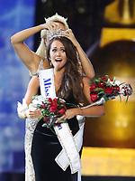 10 September 2017 - Atlantic City, NJ- Miss America 2018 Cara Mund, Miss America 2017 Savvy Shields.  Miss North Dakota Cara Mund is crowned Miss America 2018 at Boardwalk Hall.  <br /> CAP/ADM/MJT<br /> &copy; MJT/ADM/Capital Pictures