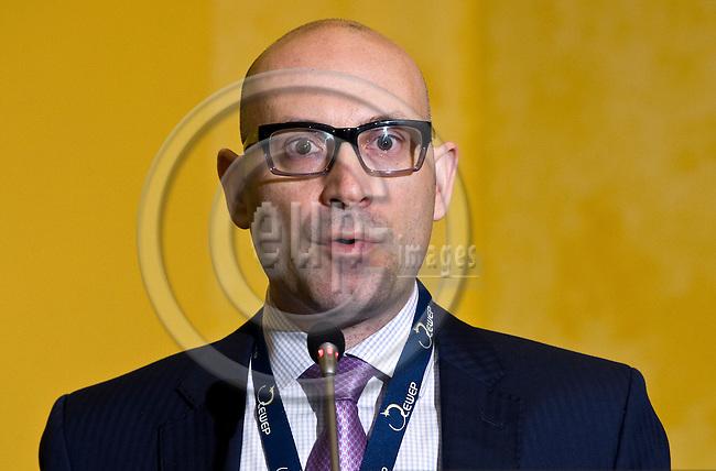 BRUSSELS - BELGIUM - 24 September 2014 -- 7th Confederation of European Waste-to-Energy Plants (CEWEP) Waste-to-Energy Congress 2014 - Local Energy from Local Waste - Affordable, Secure & Sustainable. -- Keynote speech Costas Velis, University of Leeds. -- PHOTO: Juha ROININEN / EUP-IMAGES