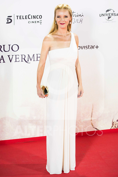 """Maria Esteve during the premiere of the spanish film """"Un Monstruo Viene a Verme"""" of J.A. Bayona at Teatro Real in Madrid. September 26, 2016. (ALTERPHOTOS/Borja B.Hojas)"""