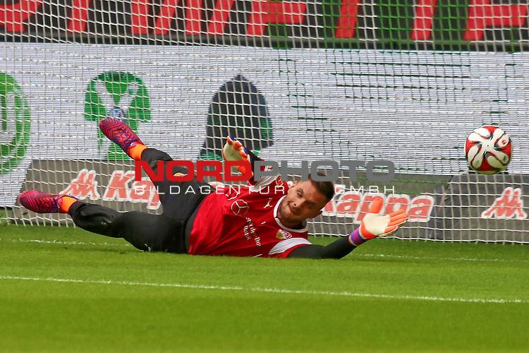 04.04.2015 Volkswagen Arena, Wolfsburg, GER, 1.FBL, VfL Wolfsburg vs VFB Stuttgart , im Bild <br /> <br /> TW Sven Ulreich #1<br /> <br /> Foto &copy; nordphoto / Rust