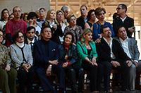SAO PAULO, SP, 29.09.2013 – MISSA EM HOMENAGEM A HEBE CAMARGO: Filho de Hebe Camargo , Marcello de Camargo (c)  junto com Agnaldo Rayol (sentado de azul) , Astrid Fontenelle (de azul em pé) esteviveram  presentes na missa de 1 ano da morte da apresentadora Hebe Camargo, celebrada na manhã deste domingo (29) pelo Padre Marcelo Rossi, no Santuário Mãe de Deus, em Interlagos, zona sul de São Paulo. FOTO: LEVI BIANCO - BRAZIL PHOTO PRESS