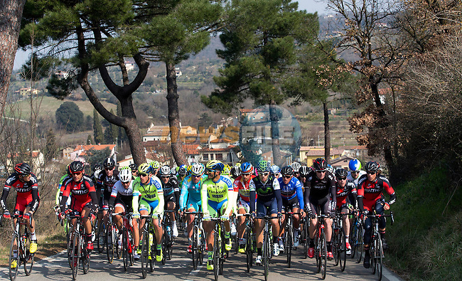 The peloton in action during Stage 4 of the 2015 Tirreno-Adriatico cycle race running 226km from Indicatore to Castelraimondo, Italy. 14th March 2015. <br /> Photo: ANSA/Claudio Peri/www.newsfile.ie