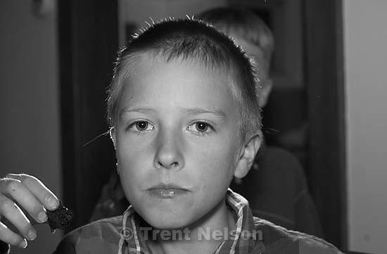Noah Nelson flash test. 04/24/2005<br />