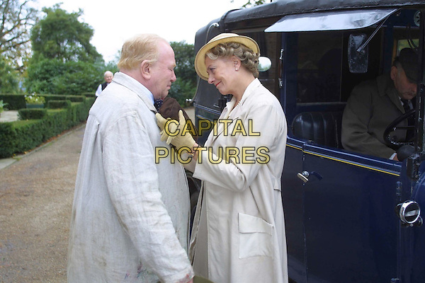THE GATHERING STORM    TV 2002...ALBERT FINNEY.VANESSA REDGRAVE.Filmstill - Editorial Use Only .Ref: FB .www.capitalpictures.com.sales@capitalpictures.com.Supplied by Capital Pictures