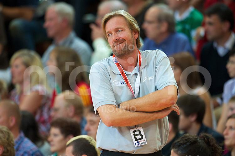 Trainer Martin Schwalb (HSV) unzufrieden, angespannt