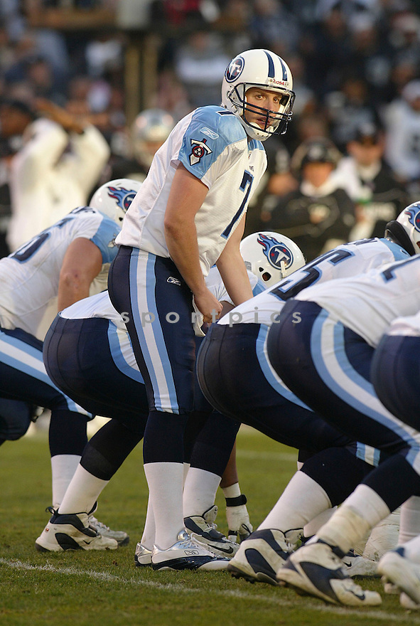 Billy Volek during the Tennessee Titans v. Oakland Raiders game on December 19, 2005...Raiders win 40-35..Rob Holt / SportPics
