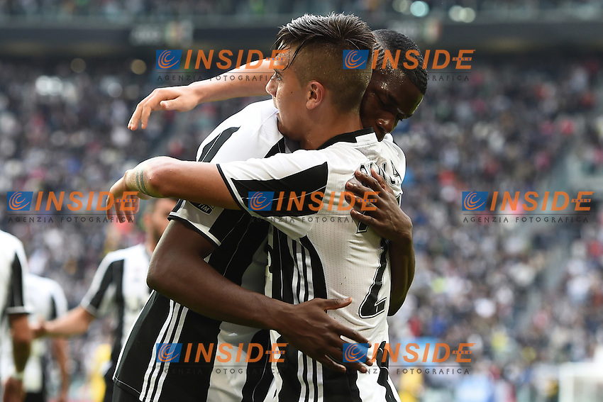 Paulo Dybala-Paul Pogba goal celebration con Pogba<br /> Torino 14-05-2016 Stadio Olimpico Football Calcio Serie A 2015/2016 Juventus-Sampdoria. Foto Matteo Gribaudi / Image Sport / Insidefoto