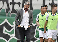 PALMIRA - COLOMBIA, 03-03-2019: Lucas Pusineri técnico del Cali gesticula durante partido por la fecha 8 de la Liga Águila I 2019 entre Deportivo Cali y Millonarios jugado en el estadio Deportivo Cali de la ciudad de Palmira. / Lucas Pusineri coach of Cali gestures during match for the date 8 as part Aguila League I 2019 between Deportivo Cali and Millonarios played at Deportivo Cali stadium in Palmira city.  Photo: VizzorImage / Gabriel Aponte / Staff