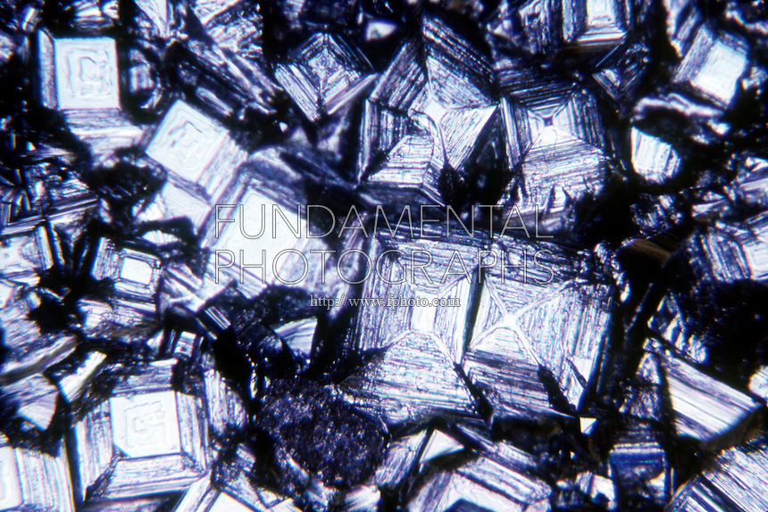 TABLE SALT CRYSTALS - NaCl