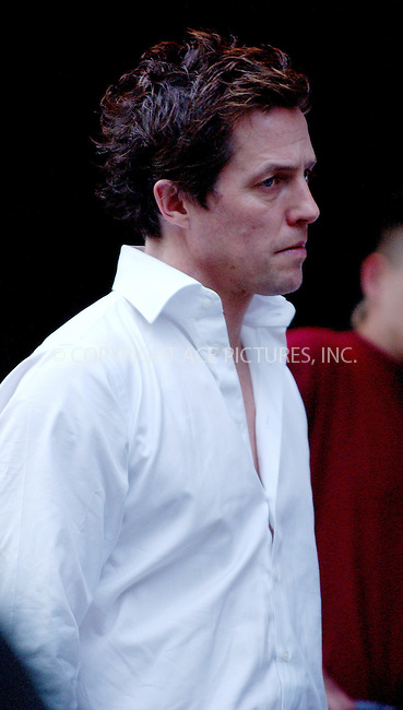 "WWW.ACEPIXS.COM . . . . .  ....April 20 2006, New York City....British actor Hugh Grant on the set of ""Music and Lyrics by"" on the Upper West Side of Manhattan.........Please byline: AJ Sokalner - ACEPIXS.COM.... *** ***..Ace Pictures, Inc:  ..(212) 243-8787 or (646) 769 0430..e-mail: picturedesk@acepixs.com..web: http://www.acepixs.com"