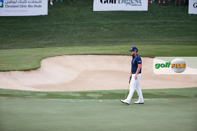 Tyrrell Hatton (ENG) on the 2nd during the final round of the Abu Dhabi HSBC Championship, Abu Dhabi Golf Club, Abu Dhabi,  United Arab Emirates. 22/01/2017<br /> Picture: Golffile | Fran Caffrey<br /> <br /> <br /> All photo usage must carry mandatory copyright credit (&copy; Golffile | Fran Caffrey)