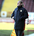 07/02/2009  Copyright Pic: James Stewart.File Name : sct_jspa06_motherwell_v_stmirren.ST MIRREN MANAGER GUS MACPHERSON WATCHES HIS SIDE AGAINST MOTHERWELL.James Stewart Photo Agency 19 Carronlea Drive, Falkirk. FK2 8DN      Vat Reg No. 607 6932 25.Studio      : +44 (0)1324 611191 .Mobile      : +44 (0)7721 416997.E-mail  :  jim@jspa.co.uk.If you require further information then contact Jim Stewart on any of the numbers above.........