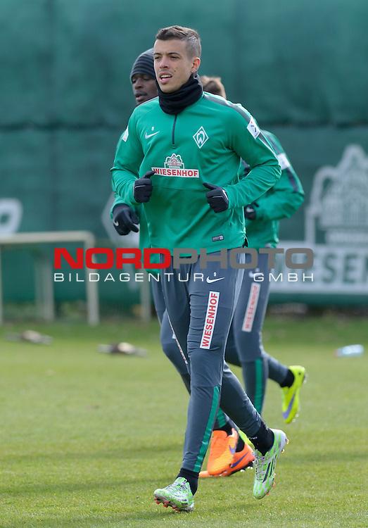 02.04.2015, Trainingsgelaende, Bremen, GER, 1.FBL, Training Werder Bremen, im Bild Franco Di Santo (Bremen #9)<br /> <br /> Foto &copy; nordphoto / Frisch