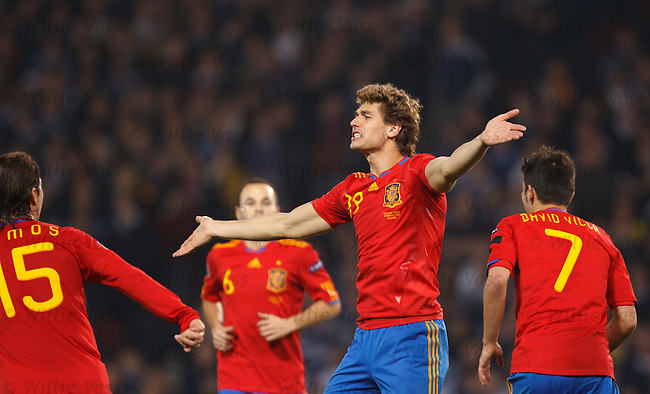 Llorente celebrates his winner for Spain