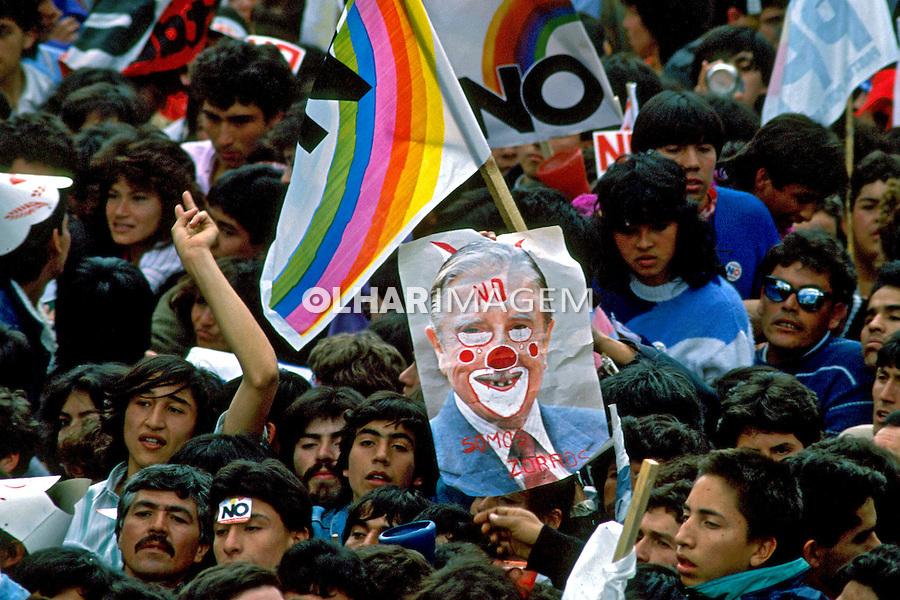 Manifestação pelo não à ditadura militar. Chile. 1988. Foto de Salomon Cytrynowicz.