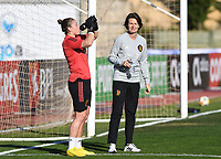 20200307  Parchal , Portugal : Belgian goalkeeper Justien Odeurs (1) pictured with Belgian Physiotherapist Fabienne Van De Steene prior to the female football game between the national teams of Belgium called the Red Flames and Portugal on the second matchday of the Algarve Cup 2020 , a prestigious friendly womensoccer tournament in Portugal , on saturday 7 th March 2020 in Parchal , Portugal . PHOTO SPORTPIX.BE | DAVID CATRY