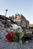 Cavezzo 29/5/2012 - Il paese colpito maggiormente dalle forti scosse di terremoto degli ultimi giorni nell'Emilia. .At least 16 people died, one was missing and 350 were injured after a 5.8-magnitude earthquake shook northern Italy ..Foto OneShot/Insidefoto