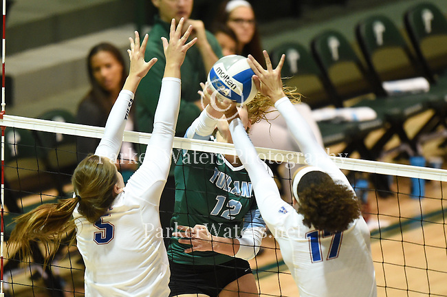 Tulane Women's Volleyball falls to Tulsa, 3-0.