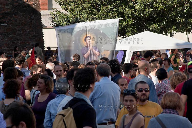"""Milano, """"Il nostro tempo è adesso"""", mobilitazione dei lavoratori precari --- Milan, """"Our time is now"""", protest of temporary workers"""