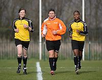 Women U15 : Belgian Red Flames - Nederland :<br /> <br /> referee Laura Lermusiaux (M met beide lijnrechters : Jolien Delcroix (L) en Brigitte Umumararungu (R)<br /> <br /> foto Dirk Vuylsteke / Nikonpro.be