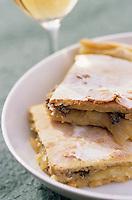 Europe/Croatie/Dalmatie/ Ile de Vis/ Vis: Tourte aux sardines salées recette  de l'auberge rurale d' Oliver Roki  vigneron au Domaine  Roki's