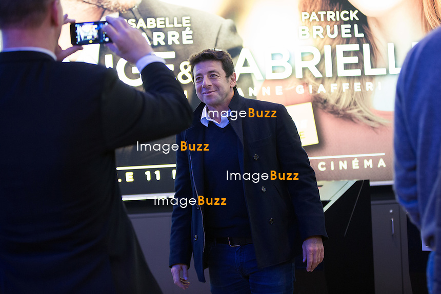 EXCLUSIF - NO WEB, NO BLOG -<br /> Patrick Bruel arrive &agrave; l'avant-premi&egrave;re mondiale du film &quot; Ange et Gabrielle &quot; au cin&eacute;ma UGC Toison d'Or, &agrave; Bruxelles.<br /> Belgique, Bruxelles, 6 novembre 2015<br /> EXCLUSIVE - NO WEB, NO BLOG -<br /> French singer Patrick Bruel arrives at the world movie Premiere of ' Ange &amp; Gabrielle ' at the UGC Toison d'Or in Brussels. <br /> Belgium, Brussels, 6 November 2015