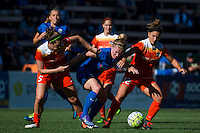Seattle, Washington - Sunday, June 12, 2016: Seattle Reign FC midfielder Kim Little (8) works to maintain possesion during a regular season National Women's Soccer League (NWSL) match at Memorial Stadium. Seattle won 1-0.