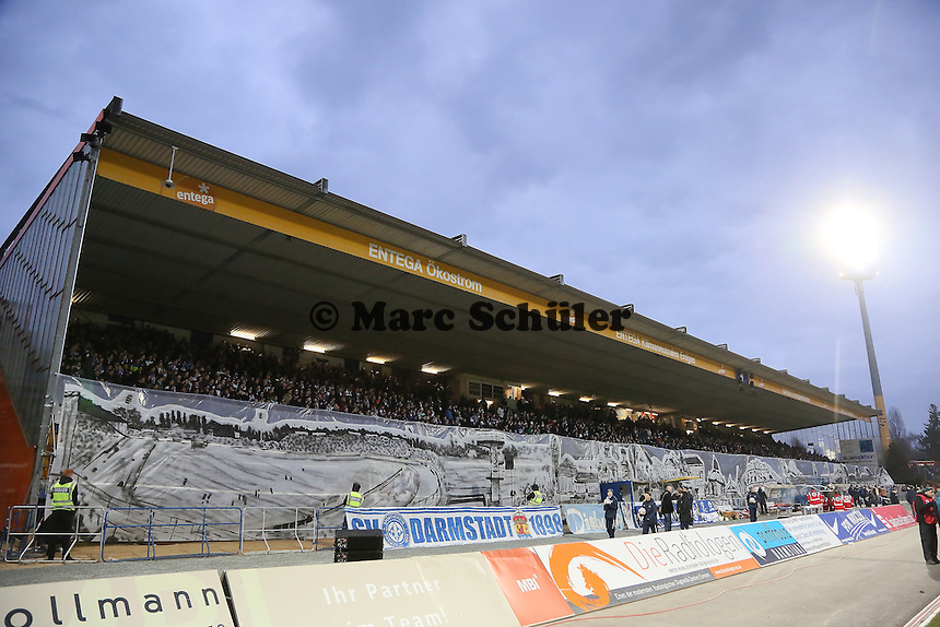 Choreographie der Lilien Fans - SV Darmstadt 98 vs. 1. FC Union Berlin, Stadion am Boellenfalltor