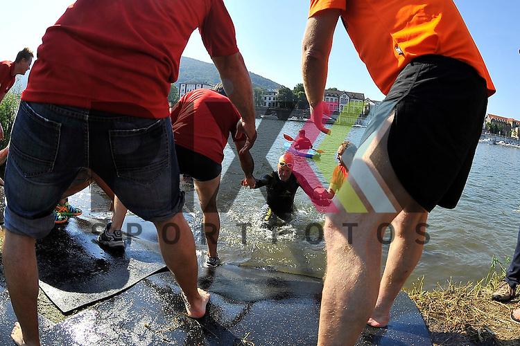 Impressionen beim BASF Triathlon Cup Rhein Neckar 2015 in Heidelberg.<br /> <br /> Foto &copy; Rhein-Neckar-Picture *** Foto ist honorarpflichtig! *** Auf Anfrage in hoeherer Qualitaet/Aufloesung. Belegexemplar erbeten. Veroeffentlichung ausschliesslich fuer journalistisch-publizistische Zwecke. For editorial use only.