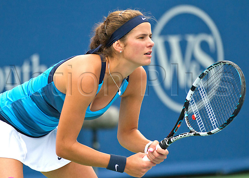 13.08.2012. Mason, Ohio, USA.  Julia Goerges (GER) during the First Round of the Western And Southern Open at the Lindner Family Tennis Center in Cincinnati, Ohio.