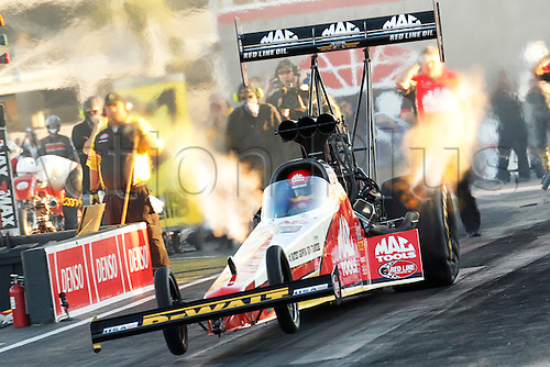 01.04.2016. Las Vegas, Nevada, USA. Doug Kalitta (5 TF) Kalitta NHRA Top Fuel Dragster launches off the line during the DENSO Spark Plugs NHRA Nationals at The Strip at Las Vegas Motor Speedway in Las Vegas, NV.