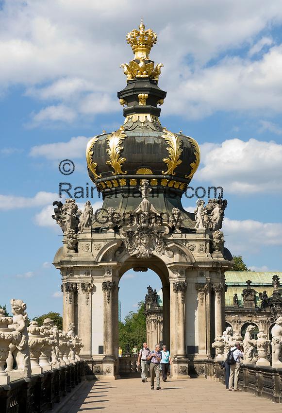 Deutschland, Freistaat Sachsen, Dresden: Zwinger, barockes Bauwerk, Kronentor (Detail) | Germany, the Free State of Saxony, Dresden: Zwinger Palace, baroque building, Crown Gate (detail)