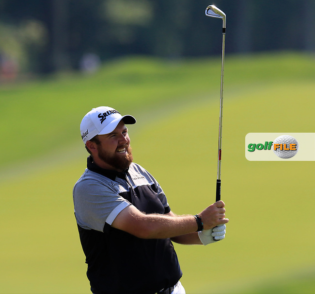 Shane Lowry (IRL) tees off the 5th tee during Sunday's Final Round of the 2016 U.S. Open Championship held at Oakmont Country Club, Oakmont, Pittsburgh, Pennsylvania, United States of America. 19th June 2016.<br /> Picture: Eoin Clarke | Golffile<br /> <br /> <br /> All photos usage must carry mandatory copyright credit (&copy; Golffile | Eoin Clarke)