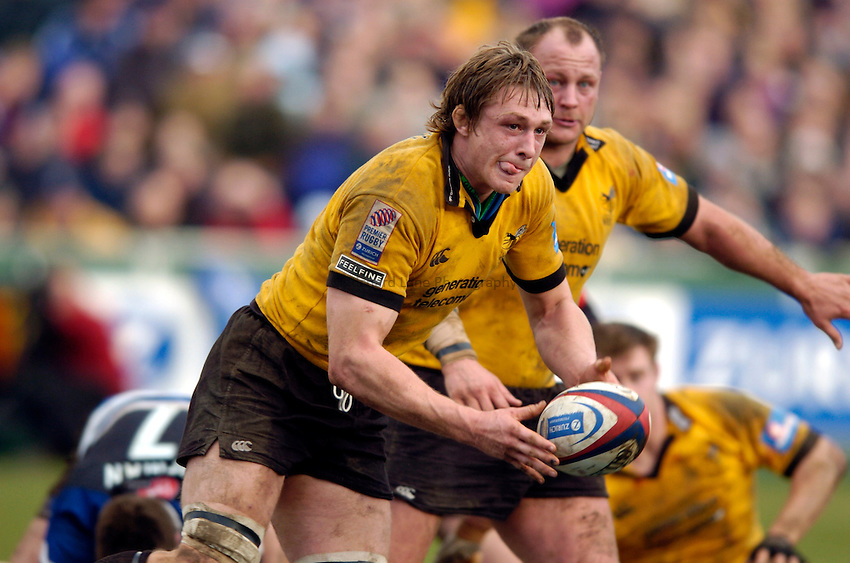 Photo: Richard Lane..Bath Rugby v London Wasps. Zurich Premiership..07/02/2004..Martin Purdy.