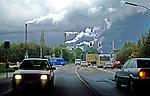 Indústria em Dusseldorf. Alemanha. 1992. Foto de Juca Martins.