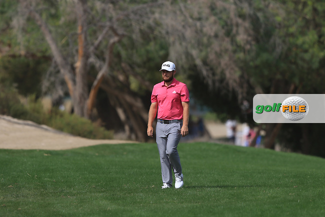 Tyrrell Hatton (ENG) walking down the 3rd during Round 2 of the Omega Dubai Desert Classic, Emirates Golf Club, Dubai,  United Arab Emirates. 25/01/2019<br /> Picture: Golffile | Thos Caffrey<br /> <br /> <br /> All photo usage must carry mandatory copyright credit (&copy; Golffile | Thos Caffrey)